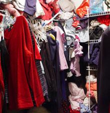 clothes-closet-clutter