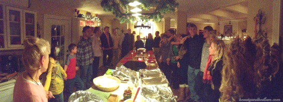 Thanksgiving family panarama