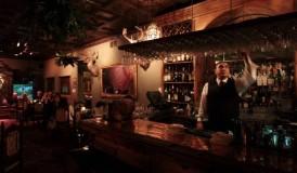 07122013_LoriHarris_restaurant