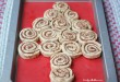 SO fun!! Easy Christmas Tree made out of Cinnamon Rolls