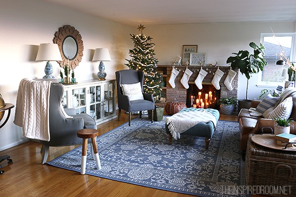 Christmas-Family-Room-Decorating-The-Inspired-Room