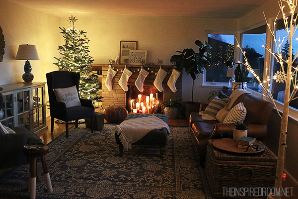 The-Inspired-Room-Christmas-at-Night